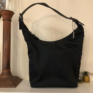 Adorable Coach Hobo style/Shoulder HandBag